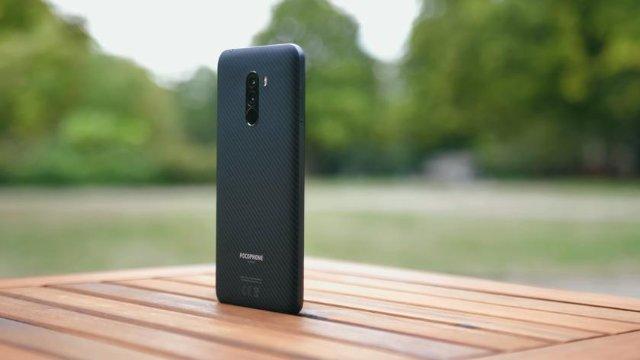 Xiaomi может выпустить Pocophone F2 в следующем году